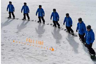 j Turn toed edge beginner snowboarding technique